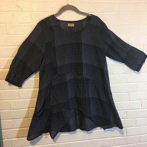 Blue & Black Plaid Tunic. Loose fit. Cotton. Tulip